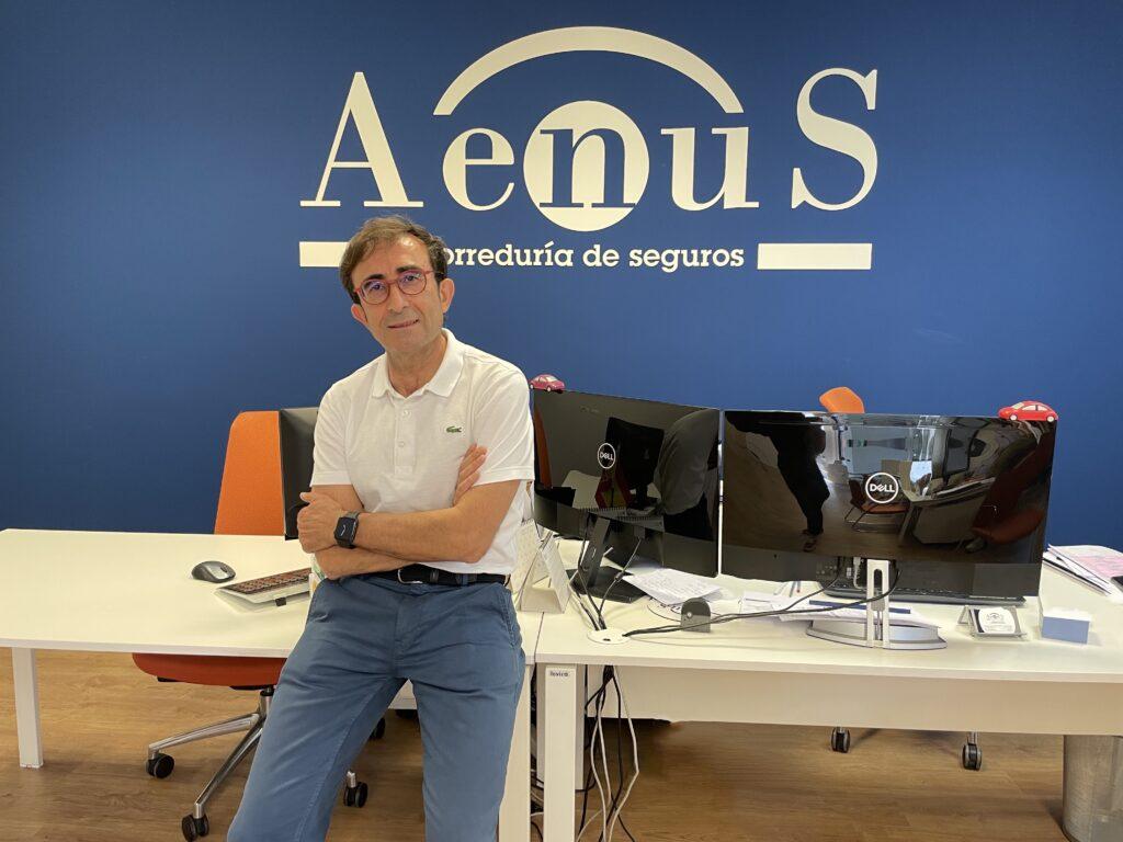"""""""Queremos que Aenus sea un referente en Salamanca en la distribución de seguros"""""""
